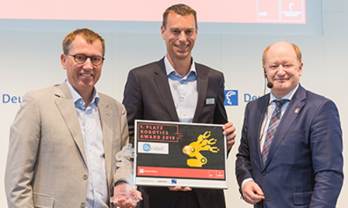 ONROBOT'S GECKO GRIPPER TAKES HOME THE ROBOTICS AWARD AT HANNOVER MESSE